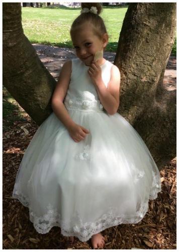 Robe Enfant Pour Mariage Cortege Enfant Costume Enfant Robe De Demoiselle D Honneur Les Maries D Amelie