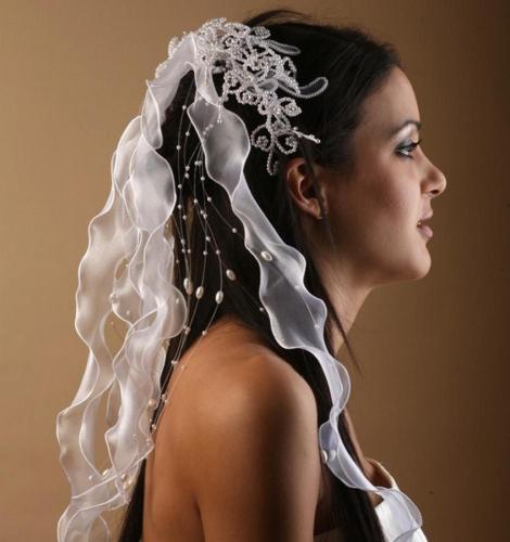 Headband à rubans et perles 2 pour la mariée