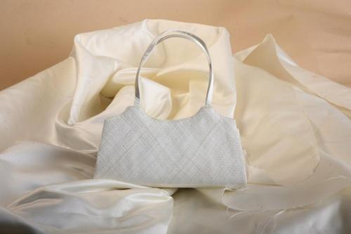 Sac blanc  pour la mariée
